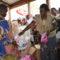 Distribution des Kits hygiéniques féminins au camp de Mulongwe