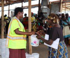 6000 Kits hygiéniques mis à la disposition du HCR par AFPDE pour les femmes et jeunes filles à l'âge de procréation réfugiées Burundaises du camp Lusenda et Mulongwe.