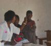 AFPDE met une unité mobile des soins communautaires ( Clinique mobile) à la disposition des réfugiés burundais vivant en dehors du camp dans la zone de santé de Nundu