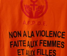 Non à la violence faite aux femmes et aux filles