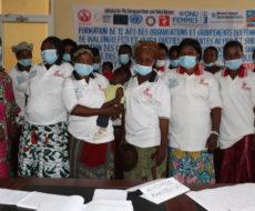 12 assistantes psychosociales de trois territoires Fizi, Uvira et Walungu dans un atelier de formation sur la gestion des cas et la prise en charge psychosociale et santé mentale des traumatisés y compris les survivantes de violences sexuelles et basées sur le genre