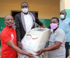 Covid-19 : AFPDE asbl a fait un don en matériels et équipements à la zone de santé d'Uvira pour la prise en charge des cas Covid-19